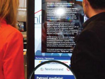 Dotykowa interaktywna tablica ogłoszeniowa