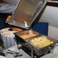Podczas spotkania serwowano typowo śniadaniowe potrawy