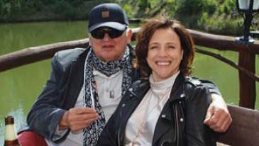 Prezes Klubu Integracji Europejskiej Barbara Jończyk z reżyserem Jerzym Gruzą