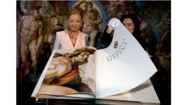 Freski z Kaplicy Syktyńskiej na zdjęciach – wydano niezwykły album