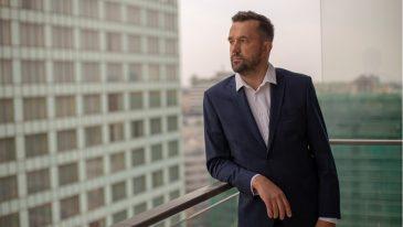Zawsze do dyspozycji klienta - Robert Furtak, ekspert kredytowy (fot. Sebastian Stasiuk)