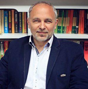 dr Dariusz Tarczyński