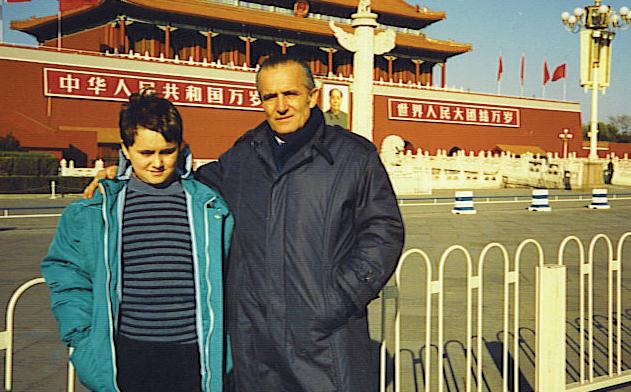 Z synem Piotrem w Pekinie